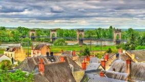 Mening van de Hangbrug die de Loire in Langeais, Frankrijk overspannen stock foto's
