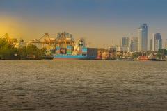 Mening van de Havenautoriteit van Bangkok van al van Thailand of van de haven van Klong Toey Stock Afbeelding