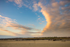 Mening van de hemel van het strand bij Omey-Eiland, Connemara, Co GA Stock Foto