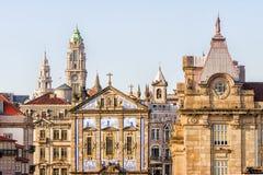 Mening van de historische voorgevels Porto, Portugal royalty-vrije stock afbeeldingen