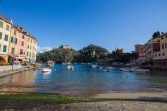 Mening van de jachthaven van Portofino, Genoa Genova Province, Ligurië, Mediterrane kust, Italië stock afbeeldingen