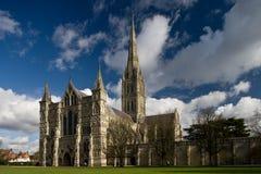 Mening van de Kathedraal van Salisbury Stock Foto