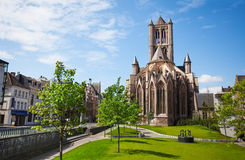 Mening van de Kerk van Sinterklaas in Gent, België Royalty-vrije Stock Afbeeldingen