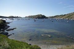 Mening van de kust van Cadaqués stock afbeeldingen