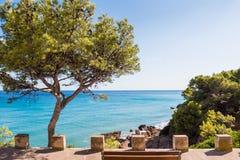 Mening van de kustlijn van Costa Dorada in Miami Platja, Tarragona, Catalunya, Spanje Exemplaarruimte voor tekst royalty-vrije stock foto