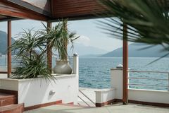 Mening van de kuststad van Herceg Novi montenegro royalty-vrije stock fotografie