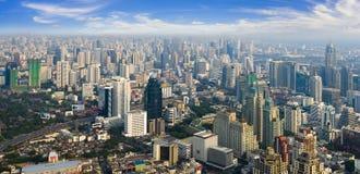 Mening van de langste bouw van Bangkok Stock Fotografie