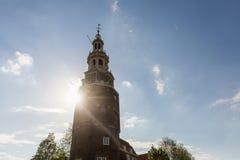 Mening van de Montelbaanstoren-Toren bij het Oudeschans-kanaal Stock Foto