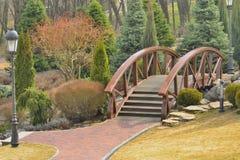 Mening van de mooie brug over het meer Royalty-vrije Stock Afbeelding