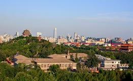 Mening van de oude en moderne stad van Peking Stock Foto's