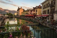 Mening van de oude stad van Annecy frankrijk Stock Afbeeldingen