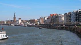 Mening van de oude stad van Dusseldorf stock videobeelden
