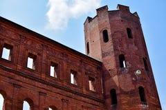 Mening van de Palatine Poort in detail in één van zijn torens van onderaan Stock Afbeelding