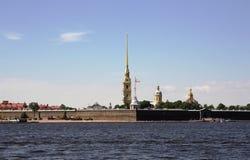 Mening van de Peter en van Paul vesting en de Neva-rivier Heilige Petersburg Stock Afbeelding