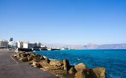 Mening van de pijler en de haven in de vroege ochtend Heraklion, Kreta, Griekenland royalty-vrije stock foto's