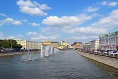 Mening van de rivier van Moskou Stock Afbeeldingen