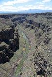 Mening van de rivier van Rio Grande van de kloofbrug van Rio Grande Stock Afbeeldingen