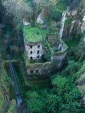Mening van de ruïne van & x22; Vallonedei Mulini& x22; in Sorrento Stock Afbeeldingen