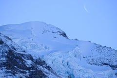 Mening van de skitoevlucht Jungfrau Wengen stock afbeelding