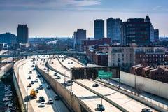 Mening van de Snelweg van Delaware van Ben Franklin Bridge Wal Royalty-vrije Stock Afbeeldingen