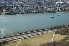 Mening van de Stad van Bonn bij de zomer van Drachenfels, Duitsland royalty-vrije stock fotografie