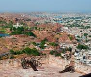 Mening van de stad, Jaswant Thada in Jodhpur, Rajasthan, India Stock Afbeeldingen
