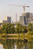 Mening van de stad met de bouw van hoge gebouwen chelyabinsk Stock Foto's