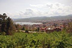 Mening van de stad van Ãœnye (Turkije) Stock Foto