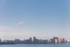 Mening van de stad van de rivier, Kazan stock foto