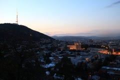 Mening van de stad van Tbilisi van heuvel Mtatsminda Royalty-vrije Stock Fotografie