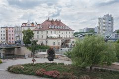 Mening van de stadsmuren op de stad van Opole Stock Foto