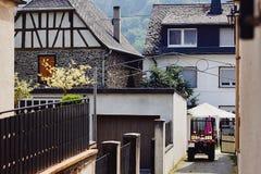 Mening van de straat in een traditioneel Duits dorp royalty-vrije stock afbeeldingen