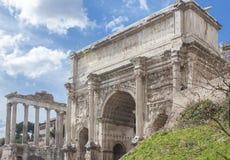 Mening van de twee monumenten royalty-vrije stock fotografie