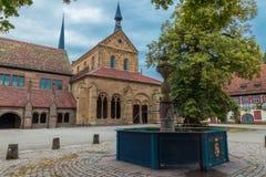 Mening van de voorzijde van Maulbronn-Kloosters royalty-vrije stock afbeeldingen