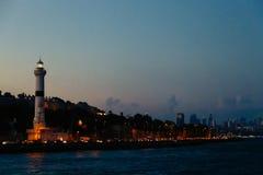 Mening van de vuurtoren en Bosphorus Royalty-vrije Stock Afbeeldingen