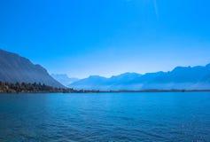 Mening van de Zwitserse Alpen stock foto