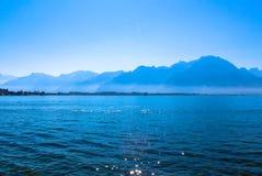 Mening van de Zwitserse Alpen stock afbeeldingen