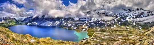 Mening van Djupvatnet-meer van Dalsnibba-berg - Noorwegen Stock Afbeelding