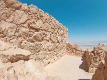 Mening van Dode Overzees van vesting Masada, Israël Stock Fotografie