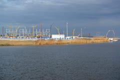 Mening van een bouwterrein van stadion voor het uitvoeren van spelen van de Wereldbeker van FIFA van 2018 Kaliningrad Royalty-vrije Stock Fotografie