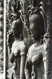 Mening van een deel van een muur in oude tempel in Angkor wat Stock Foto