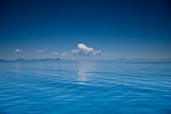 Mening van een open zee Stock Foto