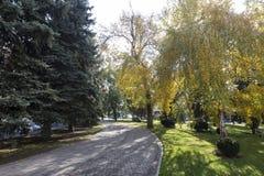 Mening van een park in Krasnodar, Rusland Onder het Koppen-klimaat c Royalty-vrije Stock Afbeeldingen