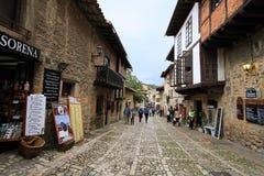 Mening van een straat in Santillana del Mar Royalty-vrije Stock Afbeelding