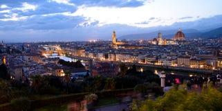 Mening van Florence bij nacht Stock Fotografie