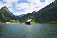 Mening van Geiranger fjord, Noorwegen Stock Afbeelding
