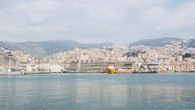 Mening van Genoa Italy van het overzees stock afbeeldingen