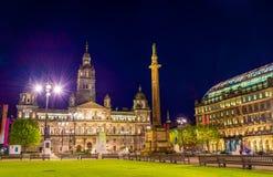 Mening van George Square in Glasgow bij nacht Royalty-vrije Stock Foto's