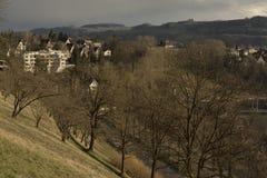 Mening van Geschiedenis castel museum van Bern van Rosengarten op zonsondergang zwitserland Royalty-vrije Stock Foto