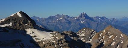 Mening van Geslachtsrouge, Zwitserse Alpen Royalty-vrije Stock Foto